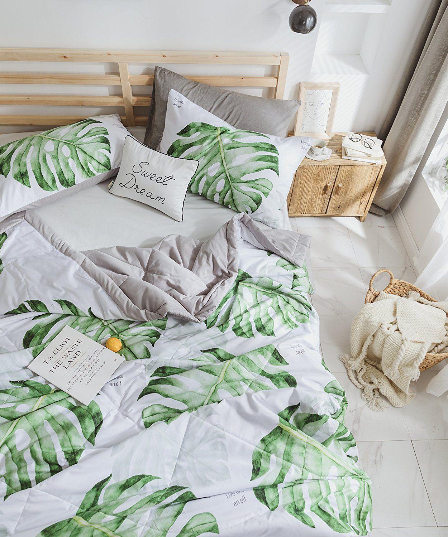 f804a57bdac28 Amazon.com: J-pinno Monstera Tropical Green Leaves Printed Quilt ...
