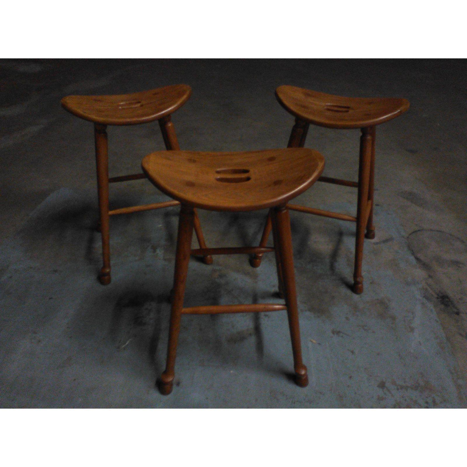 Saddle Seat Bar Stools Set Of 3 Image 2 4