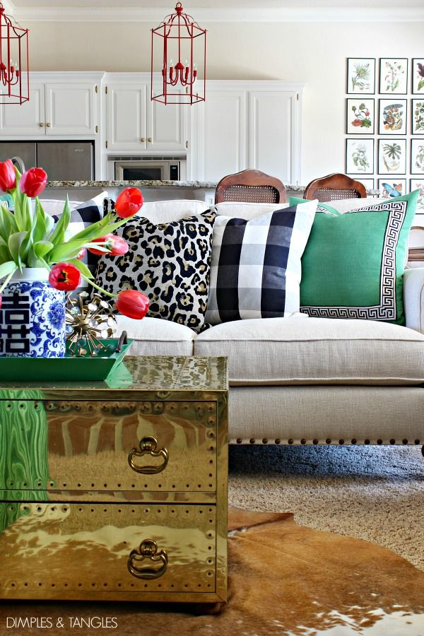 The Secret To Mixing Black And White Leopard Decor
