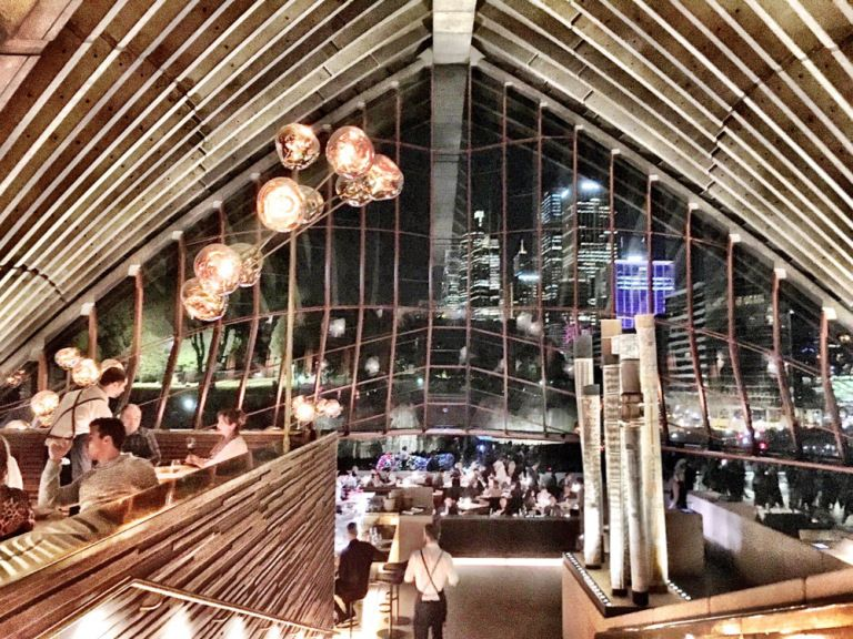 Bennelong – fans of Peter Gilmore'sQuay restaurantmay enjoy this beautiful and structurally impressive new restaurant. Opened since July 2015, the restaurant features dishes…