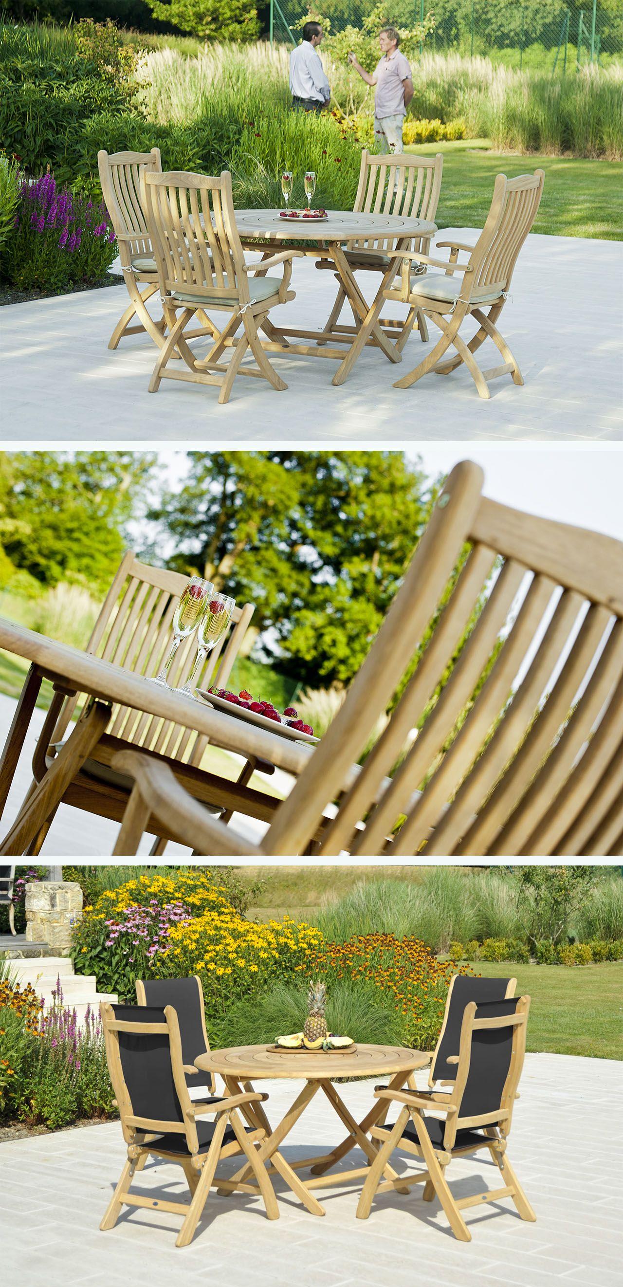 Tavolo Bengal pieghevole e sedie pieghevoli, realizzati in ...