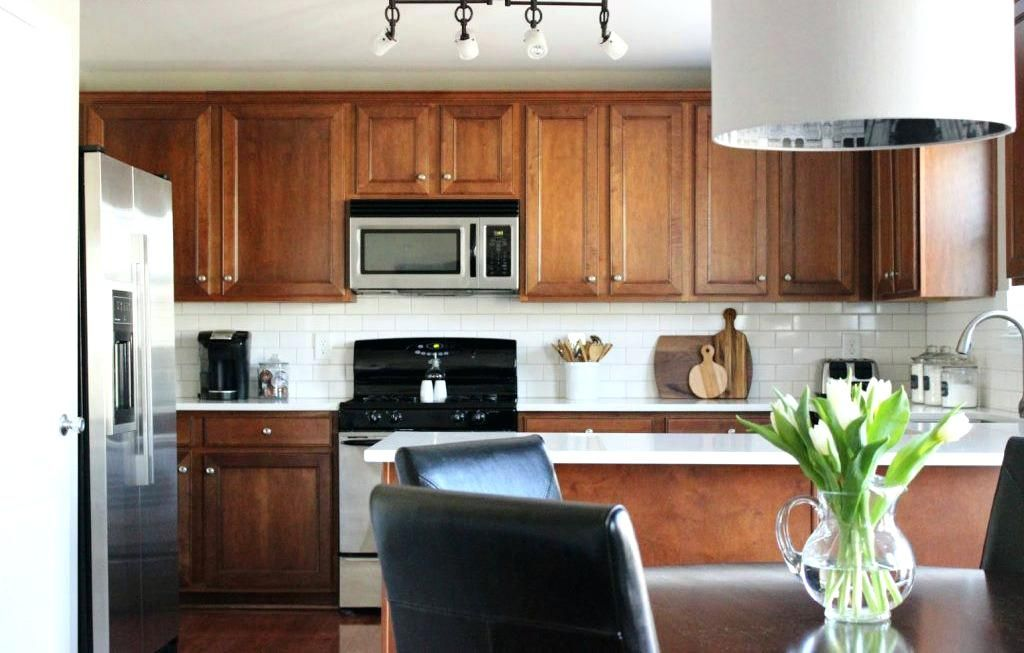 How To Make Honey Oak Cabinets Look Modern - Answerplane ...