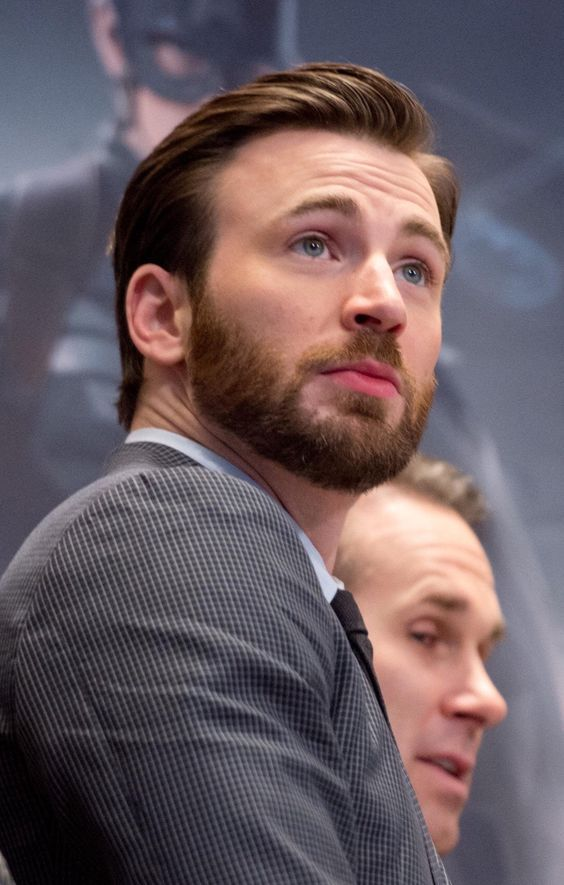 Top 5 Hottest Male Movie Superheroes in the avenger endgame