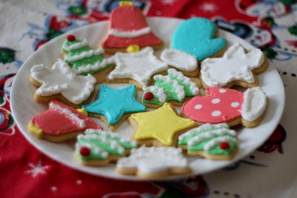 Angel\'s sugar cookie recipe + royal icing recipe | Christmas ...