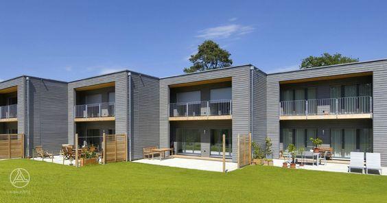 Mehrfamilienhaus aus Holz Mehrfamilienhaus / Reihenhaus