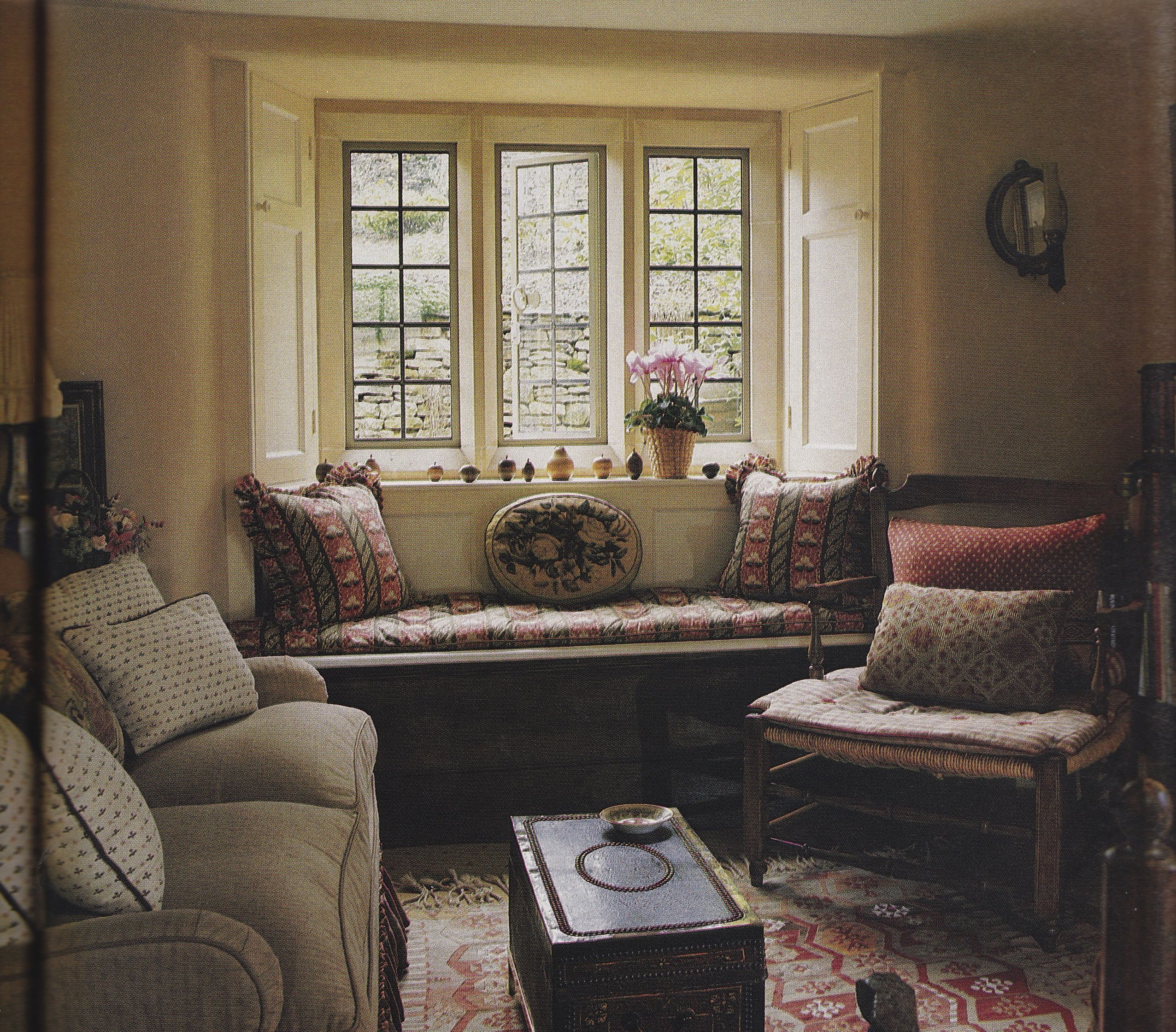 English sitting room.