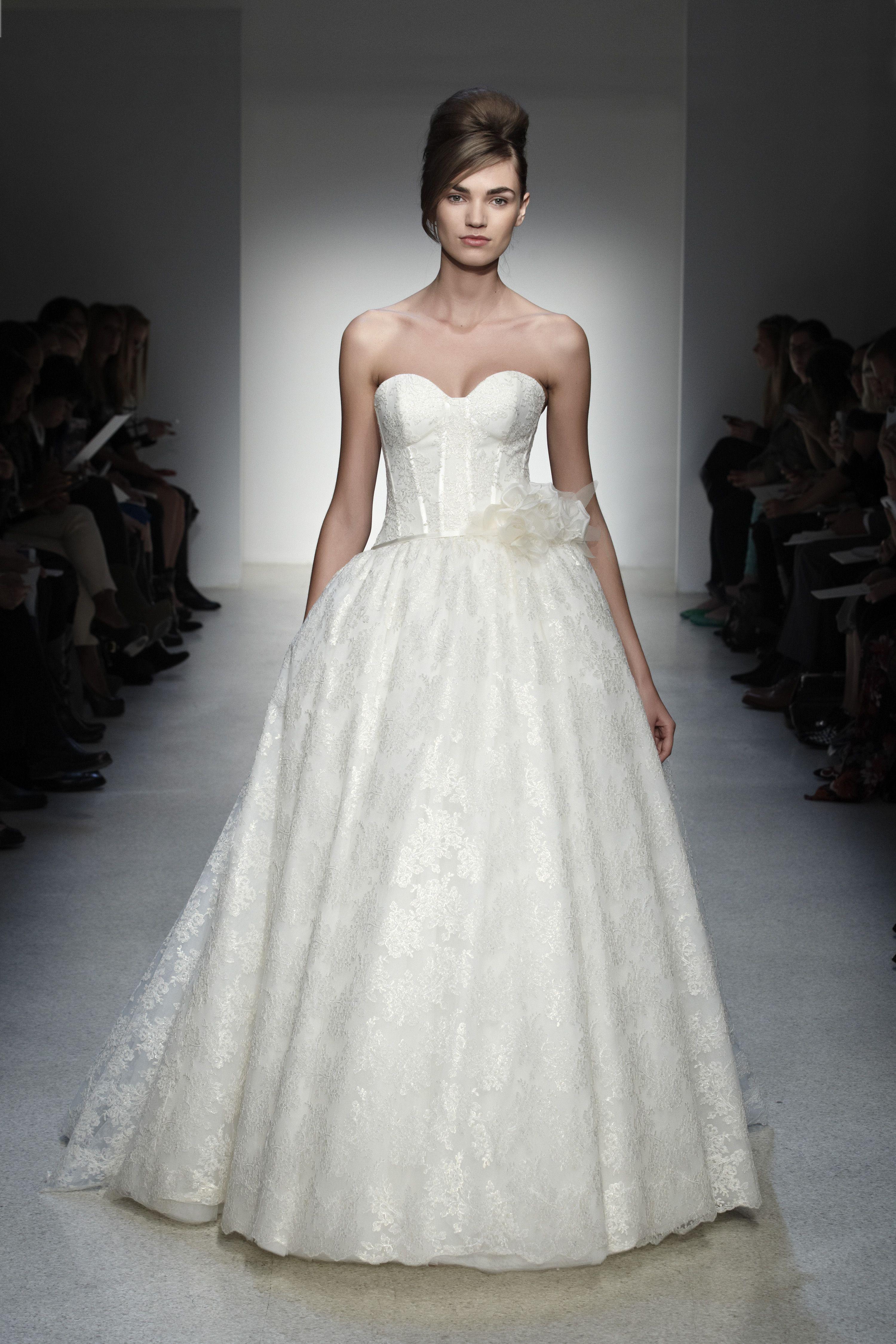 Fein Brautkleid Aus Zweiter Hand Uk Galerie - Hochzeit Kleid Stile ...