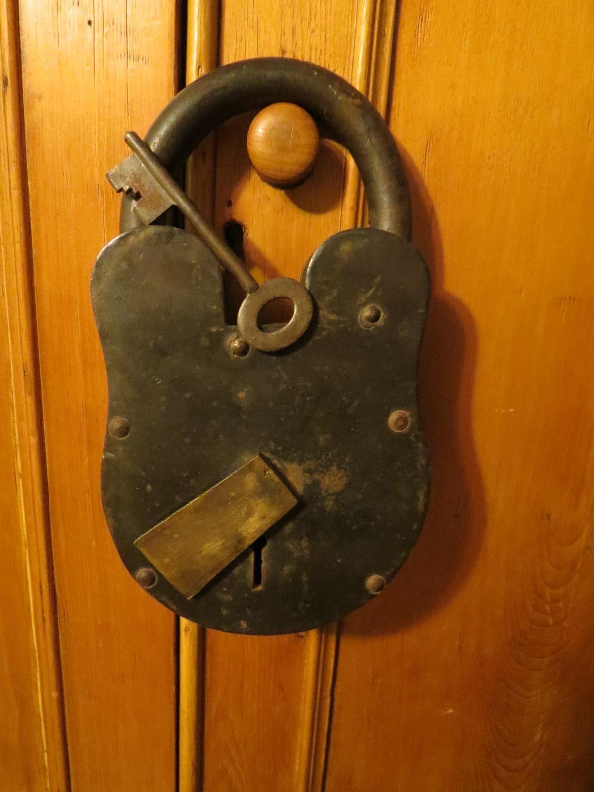 Vintage Large 11 Inch Heavy Iron Padlock W Key Vintage Large Padlock Vintage