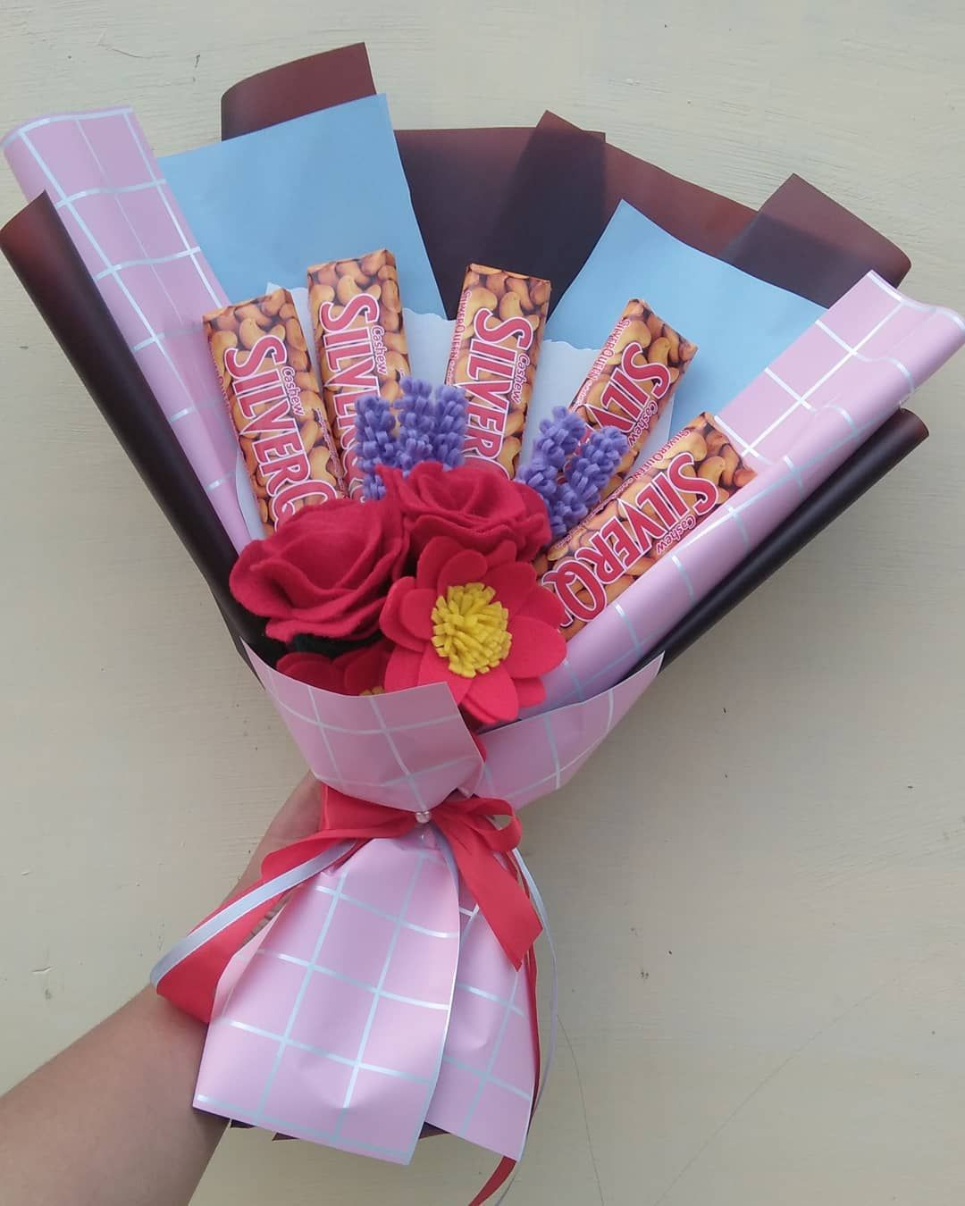 5 Pcs Coklat Silverqueen Ukuran Sedang Bunga Flanel Jumlah Bentuk Minuman Coklat Panas Coklat Buket