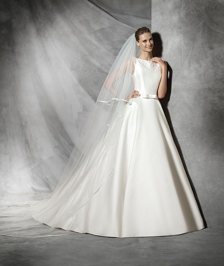 TRESIA - Modernes Brautkleid im Prinzessin-Stil | schlichtes ...