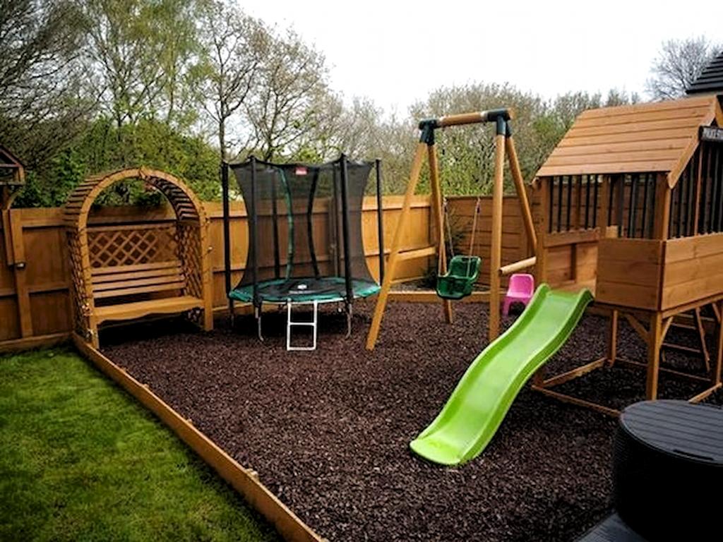 70 spektakuläre Gartenideen für Kinder mit Spielbereichen im Freien -  Fantastische 70 spektakuläre Gartenideen für Kinder mit Spielbereichen im Freien homeideas.co / � - #freien #für #gartenideen #kinder #mit #spektakulare #spielbereichen
