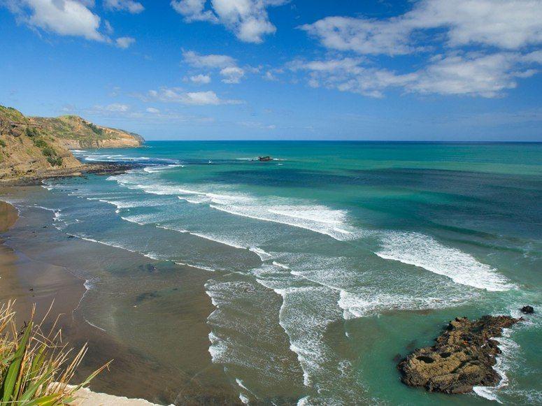 Muriwai Beach Auckland New Zealand Muriwai Beach Surfing Beach