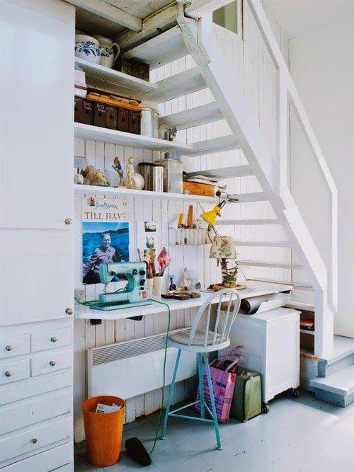 ideas para espacios pequeos aprovechar el hueco de la escalera como zona de trabajo