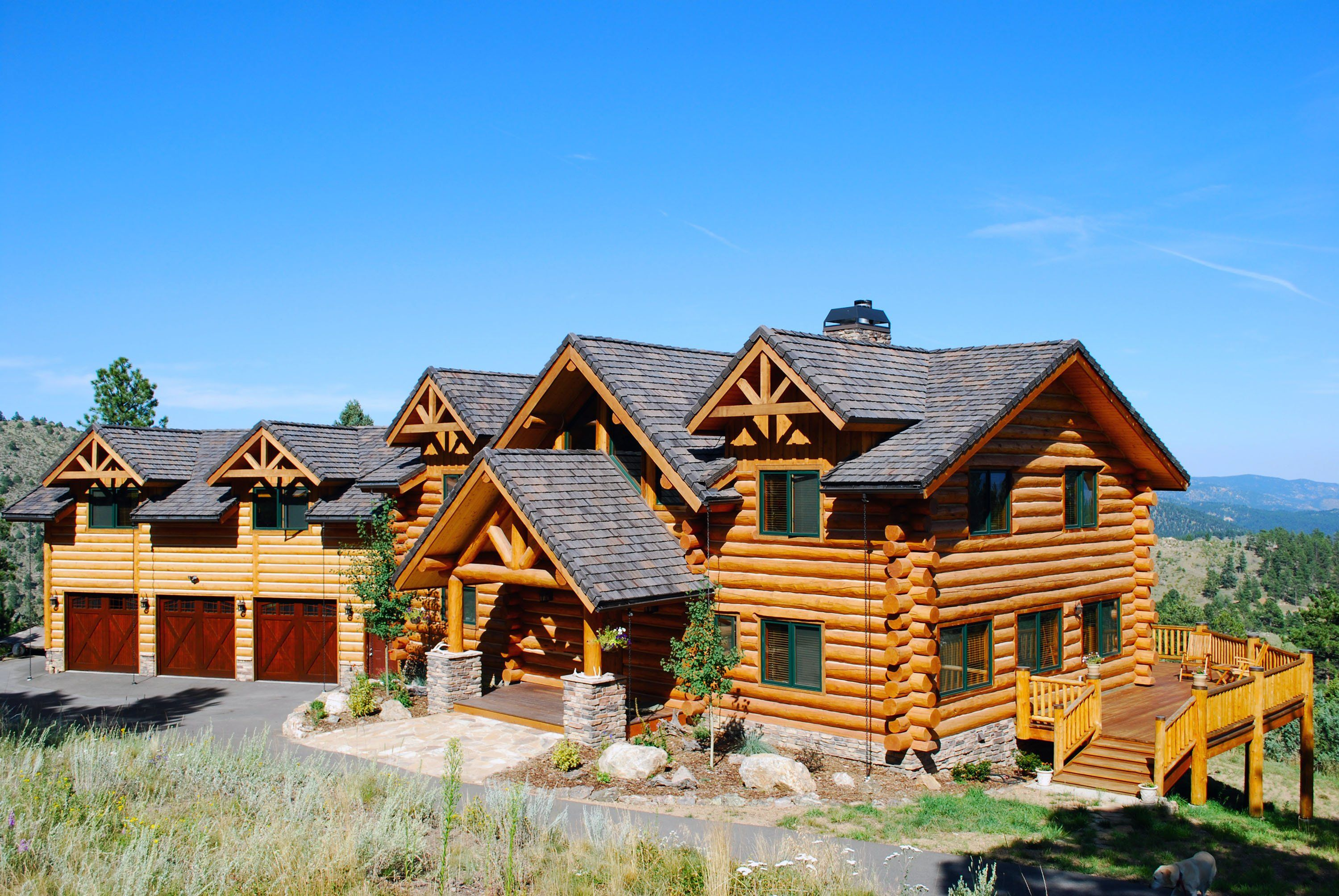 For the outside of my dream home this couldn 39 t be any for Big log cabin homes