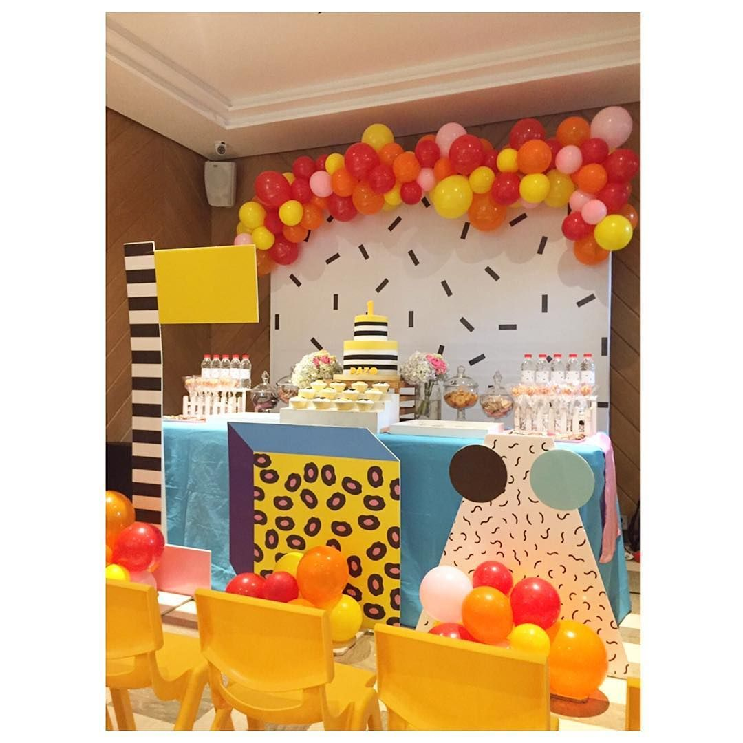 Inspiration: Memphis design party ideas #memphisdesign Inspiration: Memphis design party ideas – Confetti Fair #memphisdesign