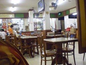 Restauran Dengan Masakan Makanan Halal Tersebar Di Berbagai Tempat Di Hk Chungking Mansions Food Stalls 40 Nathan Road Kowlo Halal Recipes Food Places Halal