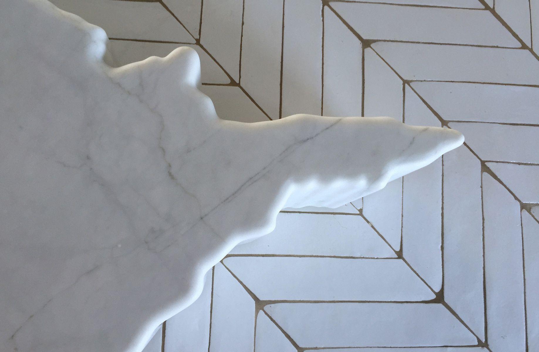 Michael Anastassiades Li Galli Carrara Marble Table Birds Eye View Klinke