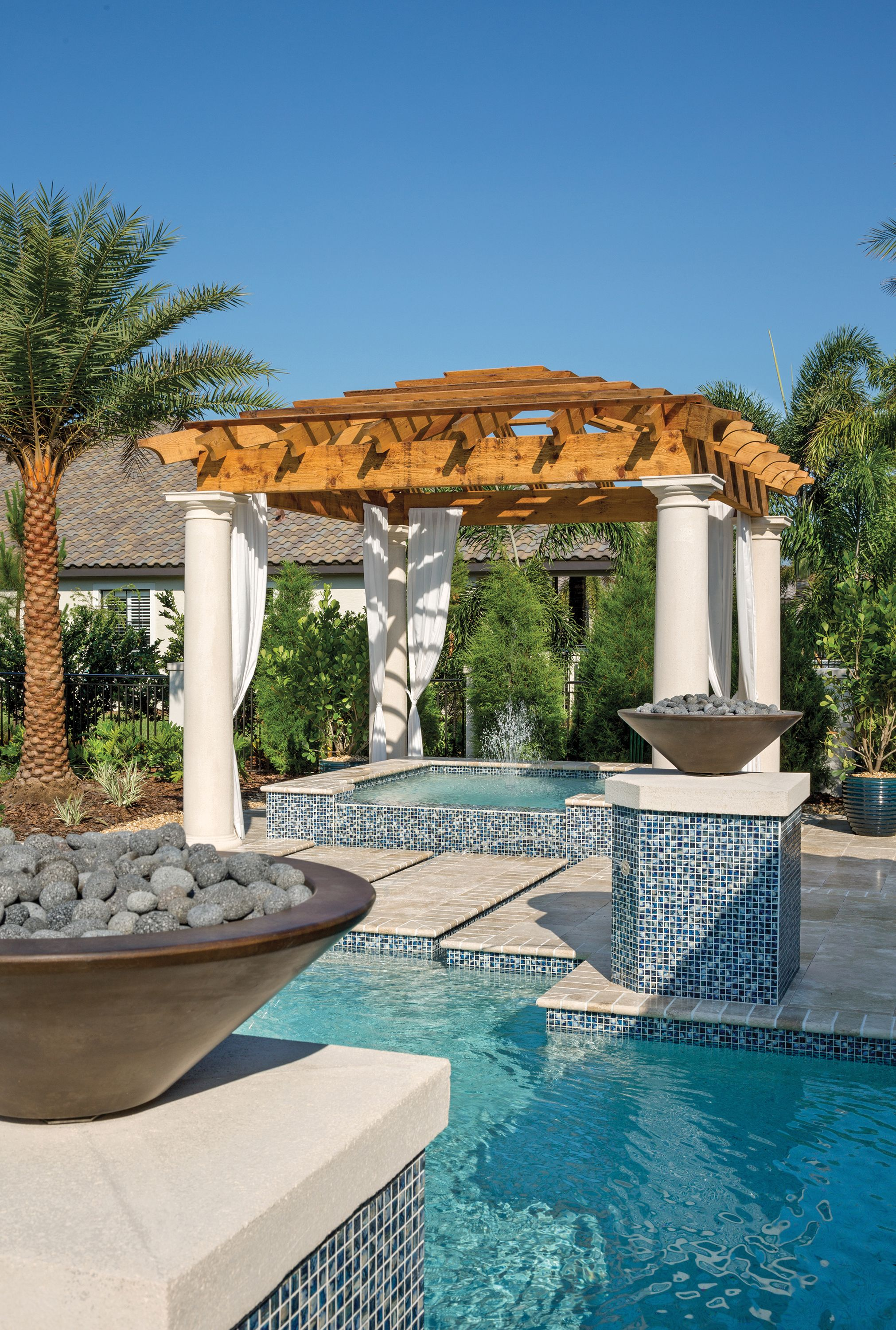 Arthur Rutenberg Homes Gazebo / Spa at the Modena model at The Concession. #theconcessionrealestate #arthurrutenberghomes