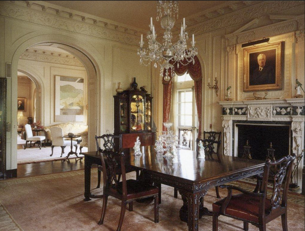 Kykuit john d rockefeller 39 s formal dining room in sleepy for Traditional dining room pinterest