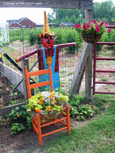 Totally Free Chair Planter from Cottage at the Crossroads & A Totally Free Project-A Chair Planter | Pinterest | Chair planter ...