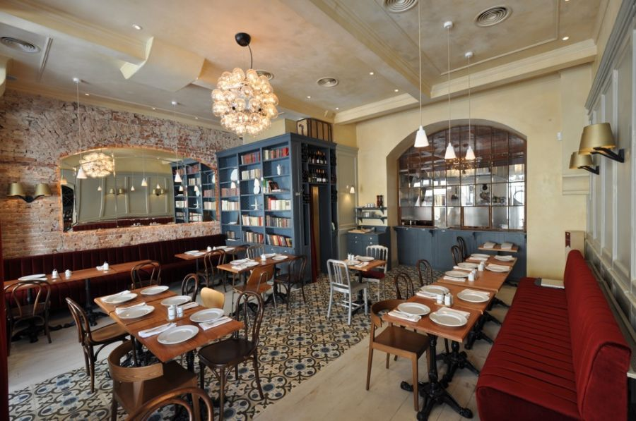 Bistro Interior Photos   With A Twist French Bistro Bar Au Vin Among The  Classic French