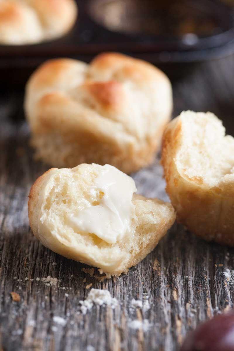 Sour Cream Yeast Rolls Easy Peasy Meals Recipe Yeast Rolls Easy Yeast Rolls Bread Recipes Sweet