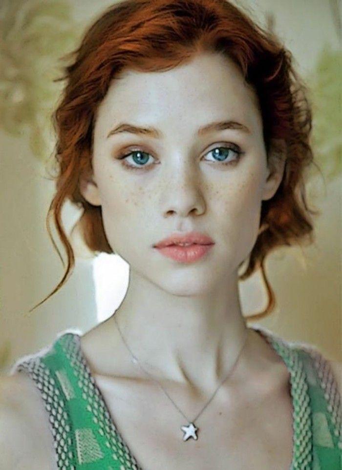 Voyez les plus belles c l brit s avec taches de rousseur taches brunes yeux bleus et jolies - Actrice yeux bleus ...