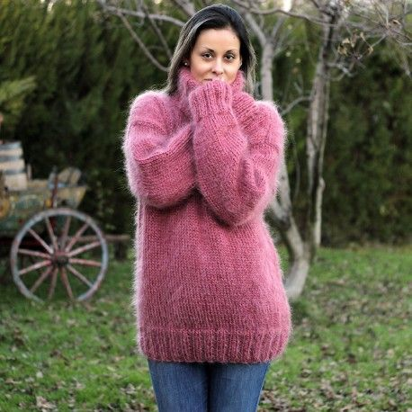 Hand Knit Mohair Sweater dark pink Fuzzy Turtleneck Handgestrickt ...