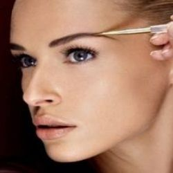 HOW TO GET THICKER EYEBROWS NATURALLY   Thicker eyebrows ...