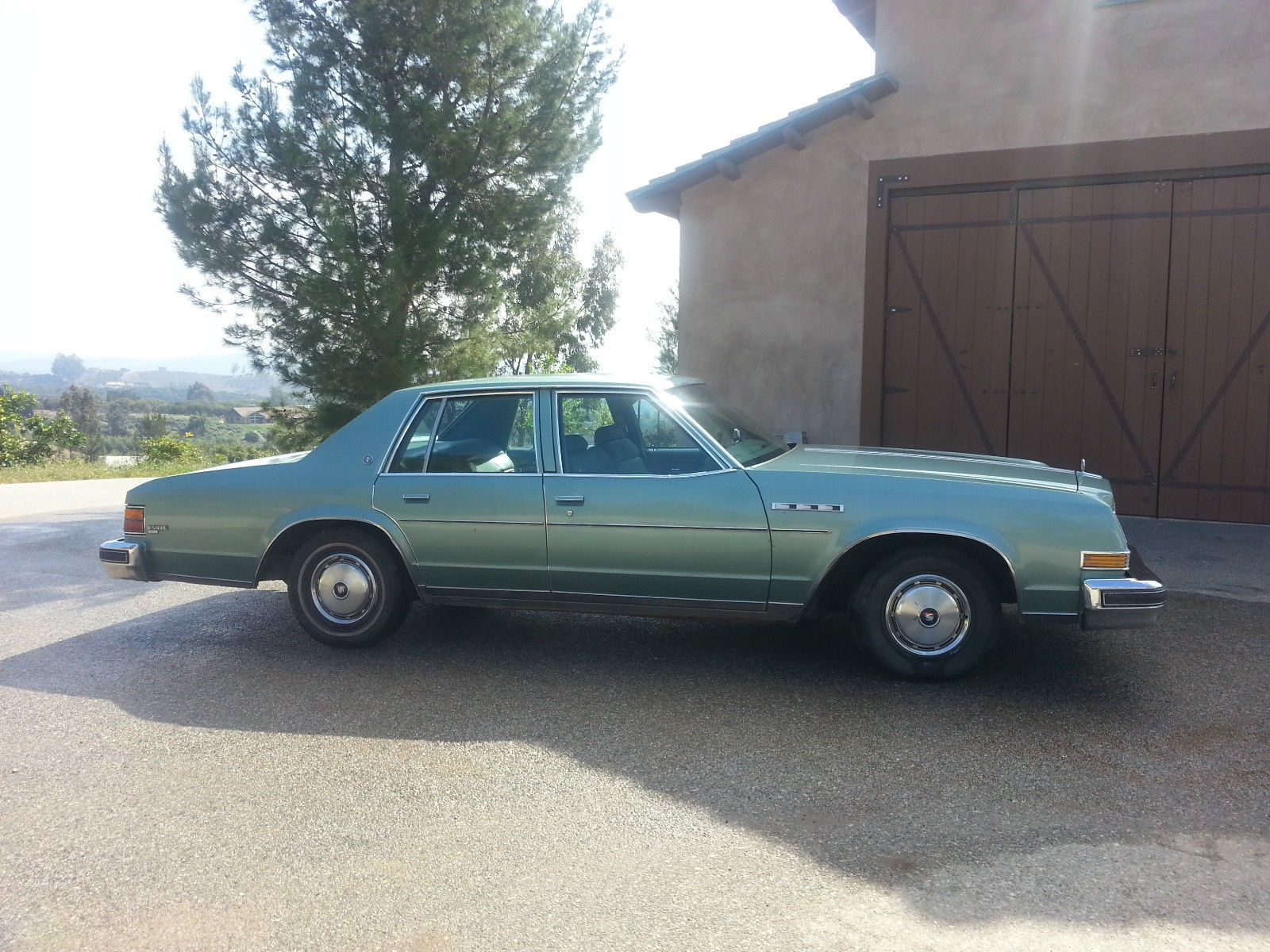 1977 Buick Lesabre 4 Door Sedan Buick Lesabre Buick American Classic Cars