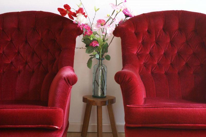 Rode Stoelen Fauteuils.Set Rode Barok Fauteuils 2 Heerlijke Zachte Vintage Stoelen Flat
