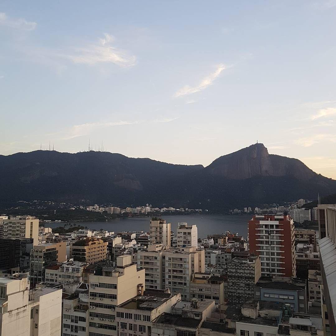 Galera o @pecesiqueira acabou de postar tchau Rio! Volto em breve! @ Rio de Janeiro - Ipanema https://t.co/EmotzDPJBD