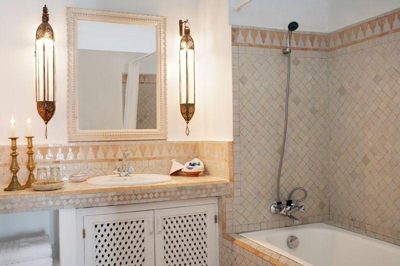 Salle de bain marocaine, on vous dit tout | Deco. Oriental Touch ...