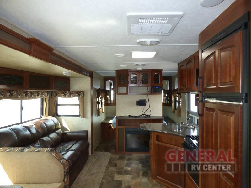 Used 2014 Prime Time RV LaCrosse 318BHS Travel Trailer at General RV | Wayland, MI | #139143