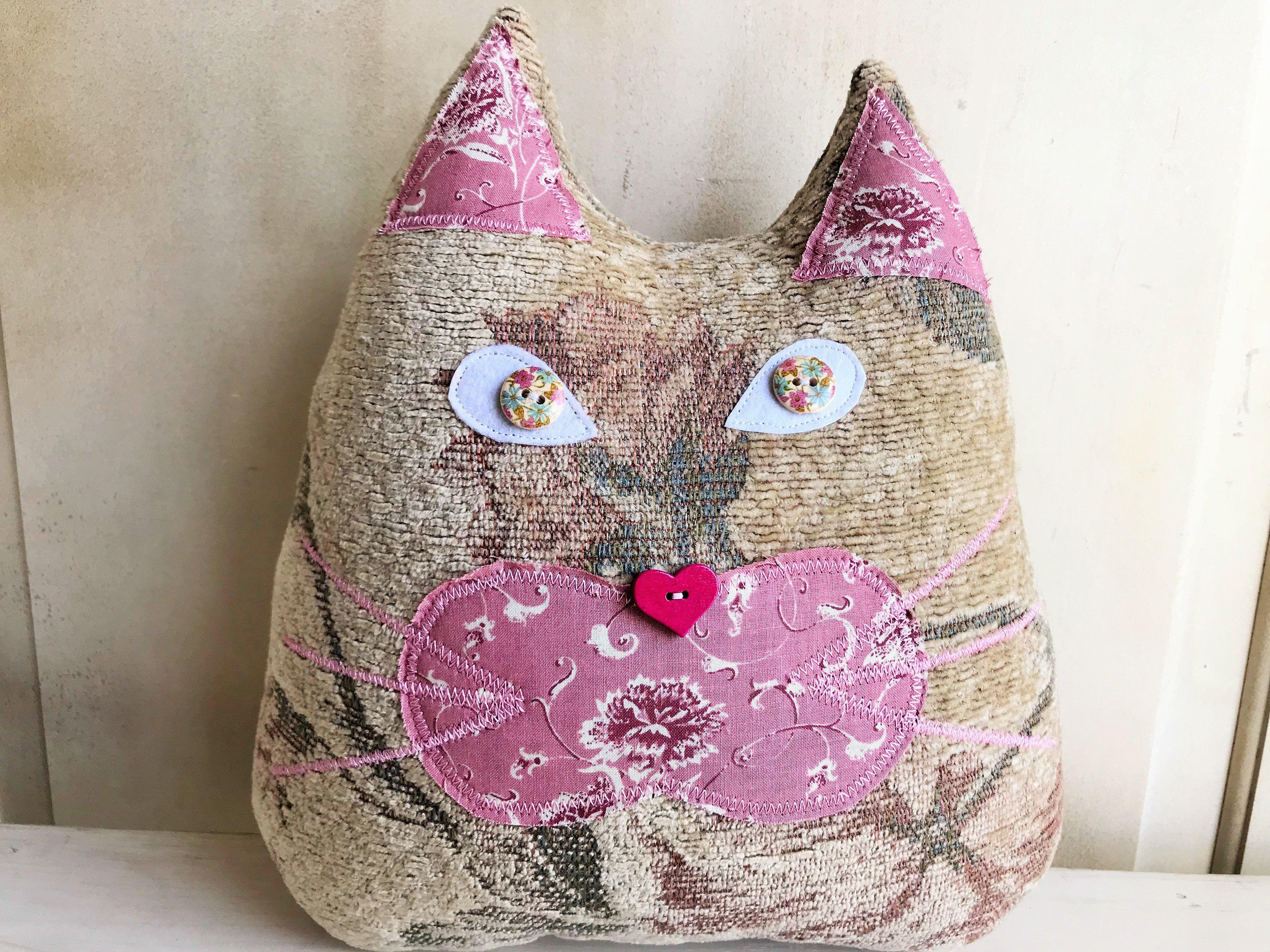 Cat pillow - Rose tapestry brocade