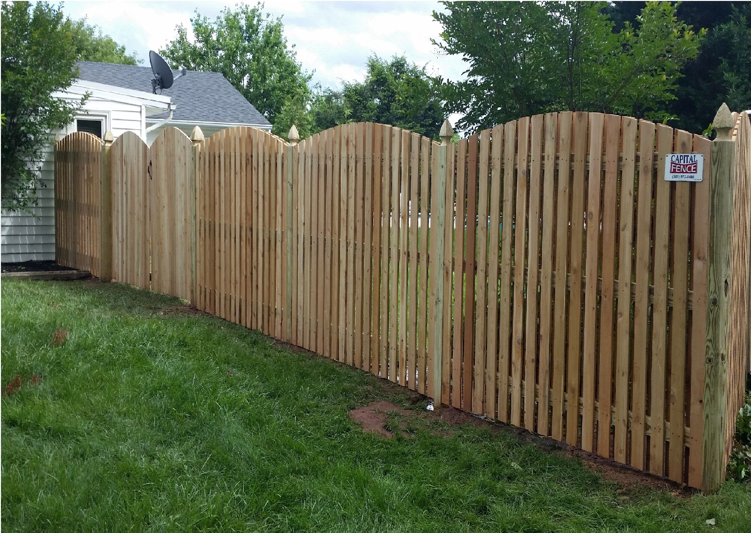 6 Foot Wood Semi Private Wyngate Fence With Arch Lattice Fence