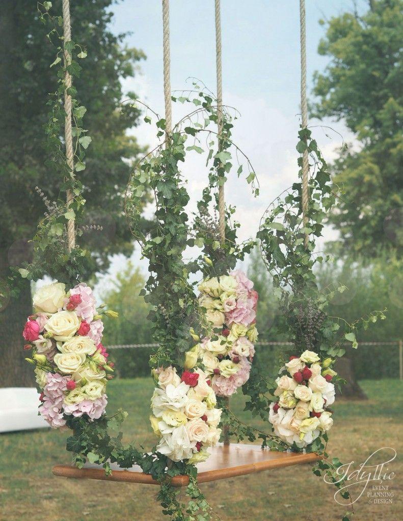 Swing decoration with flowers / leagan decorat cu flori /nunta by Idyllic Events / productie si design evenimente