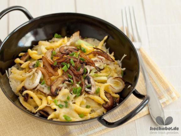 Käsespätzle mit Pilzen | Bayerische Küche, Käsespätzle und Bayerische
