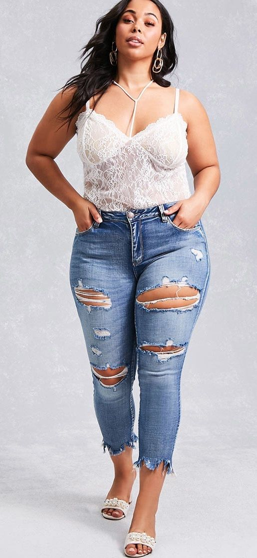 plus size frayed jeans courbes f minines pinterest. Black Bedroom Furniture Sets. Home Design Ideas