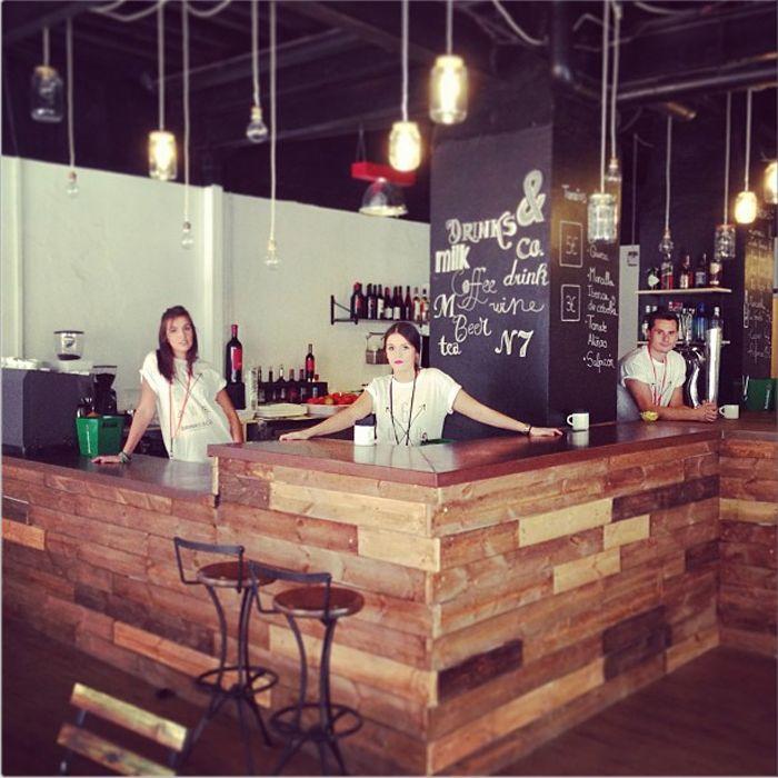 Estilo de decoracion de barras para cafe buscar con for Barra estilo industrial
