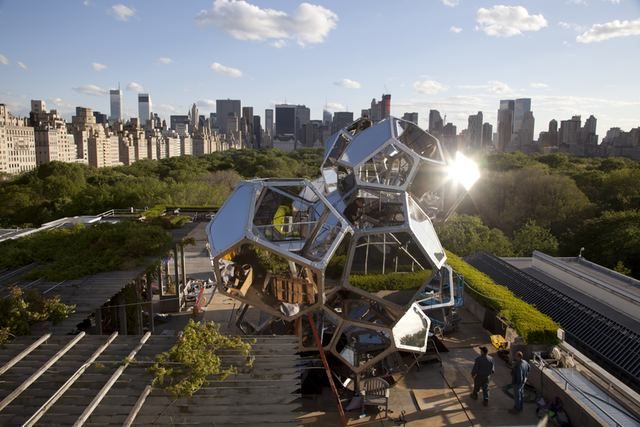"The Met Rooftop's ""Cloud City"""