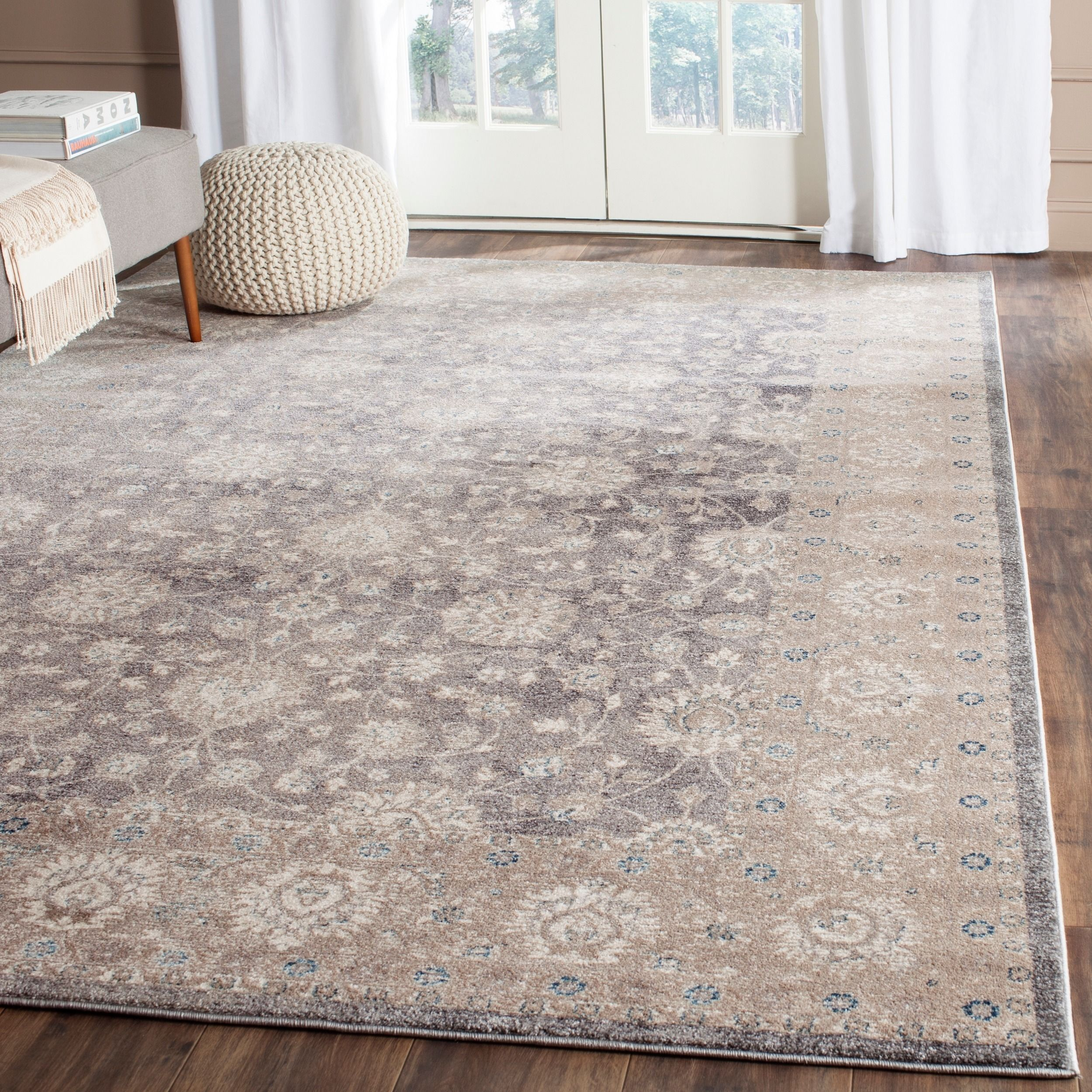 safavieh sofia vintage oriental light grey  beige distressed rug (' x ' ). safavieh sofia vintage oriental light grey  beige distressed rug