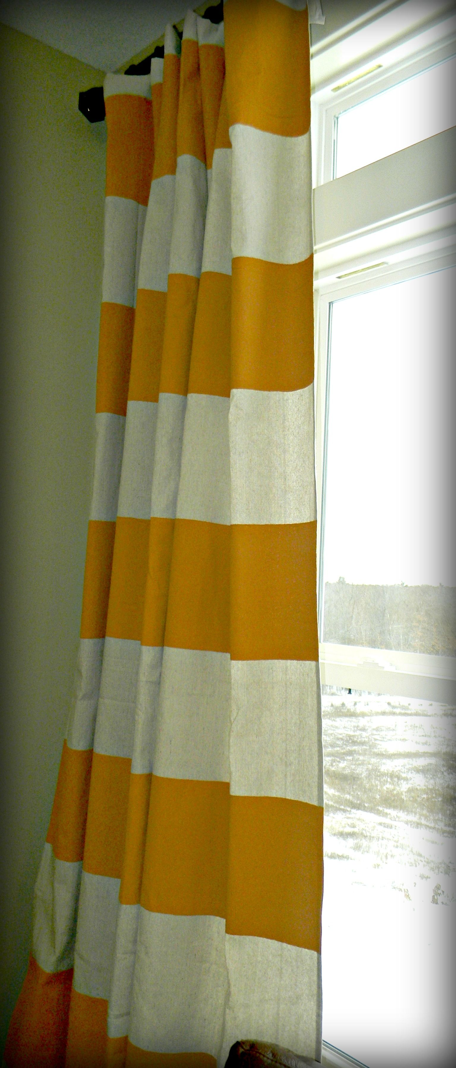 I May Just Try This Diy In The Very Near Future Painted Horizontal Striped Curtains Diy Curtains Painted Curtains Striped Curtains