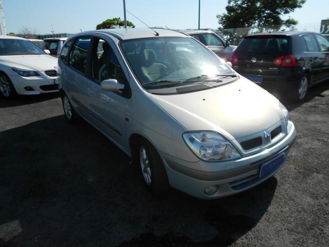 Renault Scenic 1 6 16v A 2 500 Euro Bus 175 000 Km Benzina 79 Kw 107 Cv 07 2002 Busa