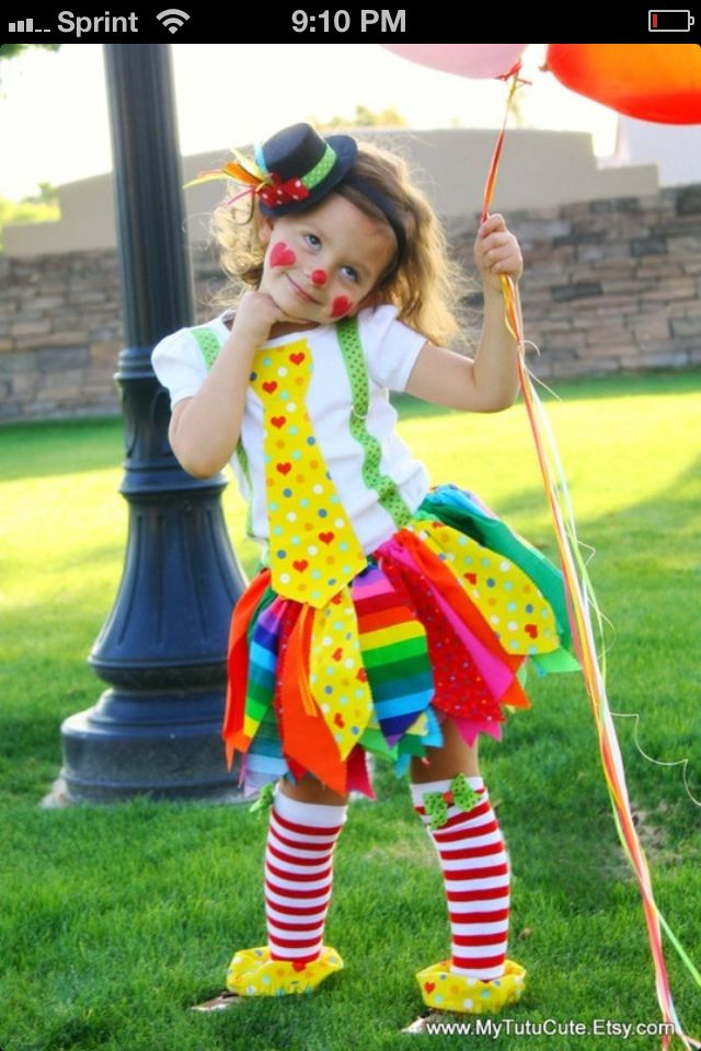 Super Cute Little Girl Clown Ainslee Halloween Costumes