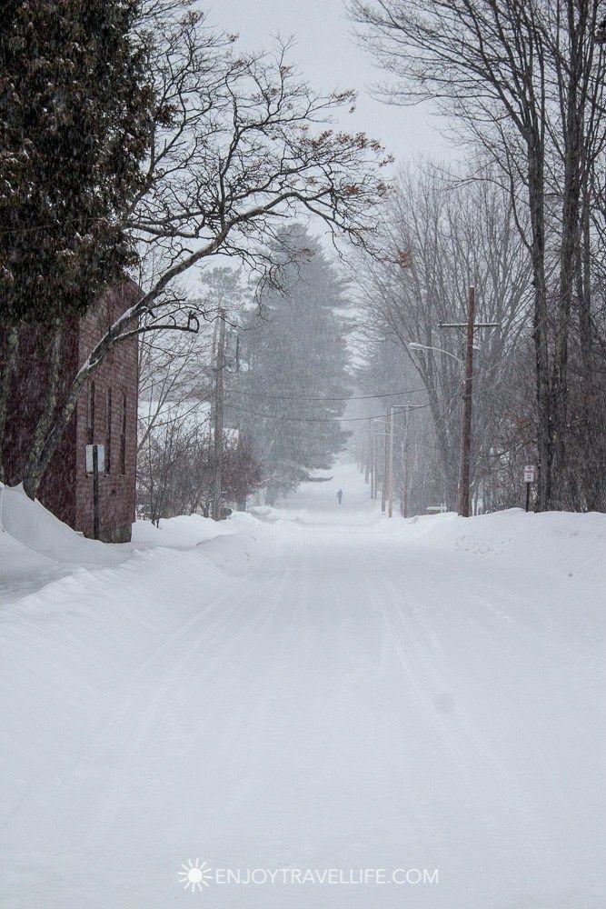 Winter in Bethel Maine   Snowy Walk
