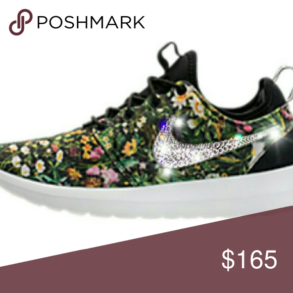 Womens swarovski crystal Nike Roshe Two Swarovski Nike shoes are made to  order since they are hand made. Bling Nike Roshe are extremely durable.
