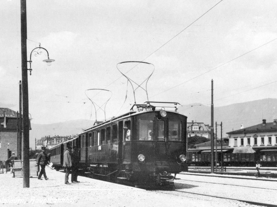 Hauptbahnhof Solothurn 1916? Schwarz-weiss Bild Zug