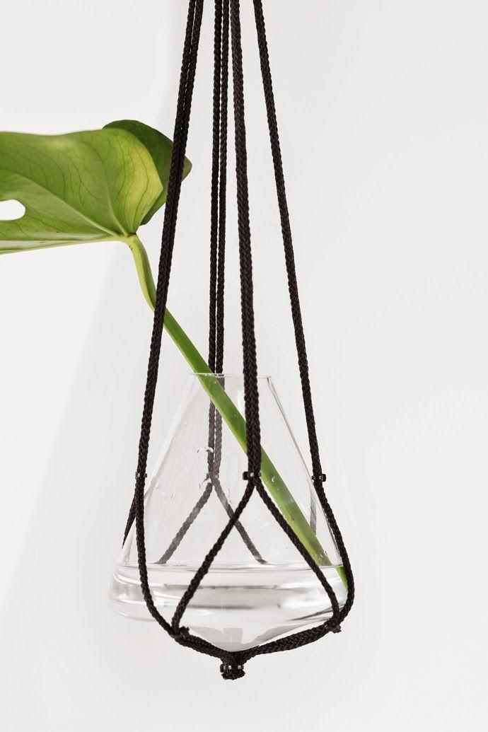 DIY PLANT HANGER
