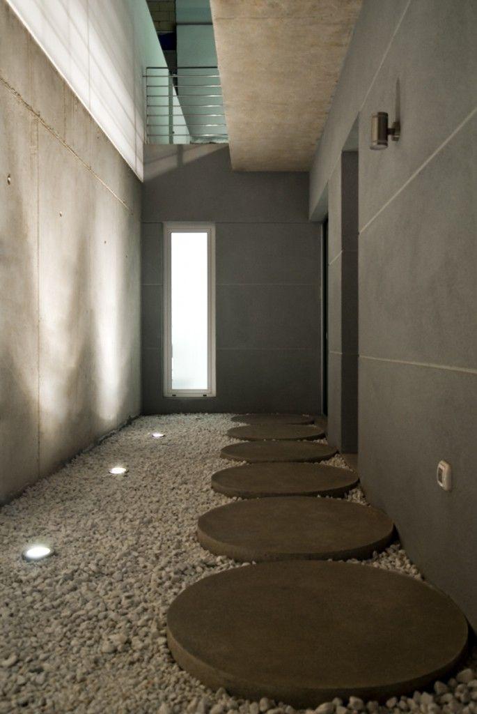 Casa roel patio ingl s a s tano h pinterest patios for Estudio de arquitectura en ingles